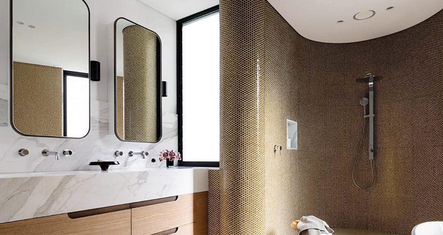 gold & marble theme bathroom