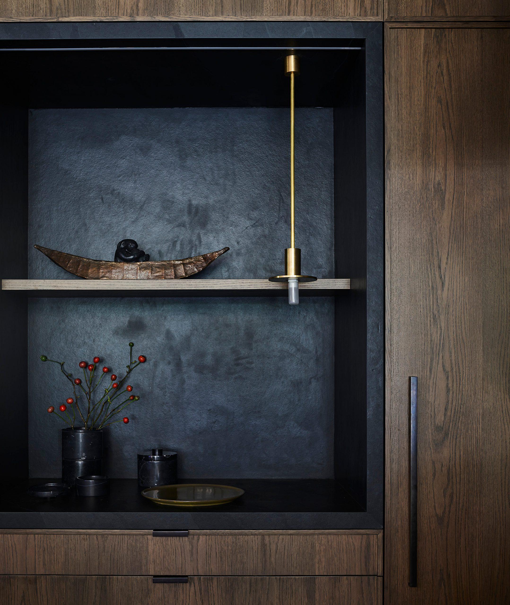 Kitchen shelves & storage