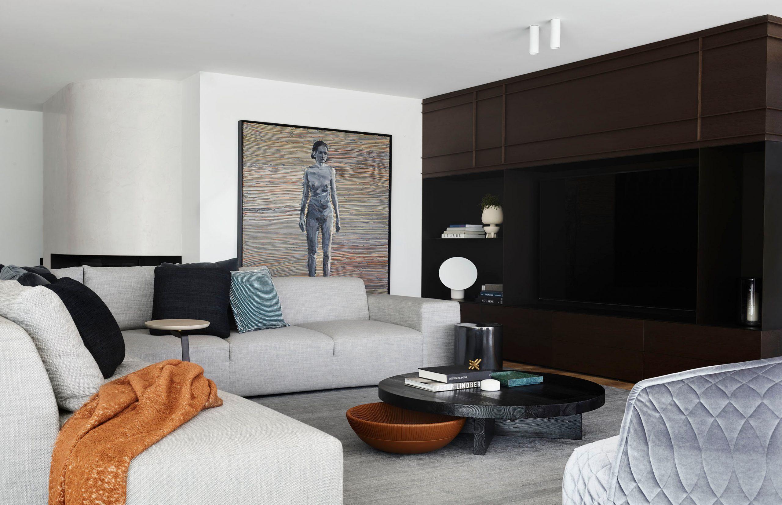 Living area & artwork